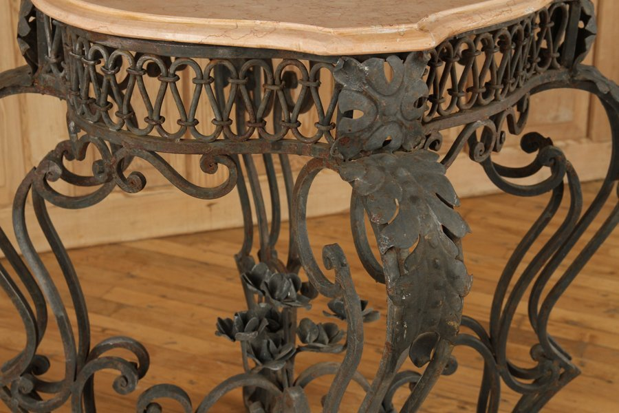 IRON AND MARBLE TABLE WITH SHAPED TOP - 4