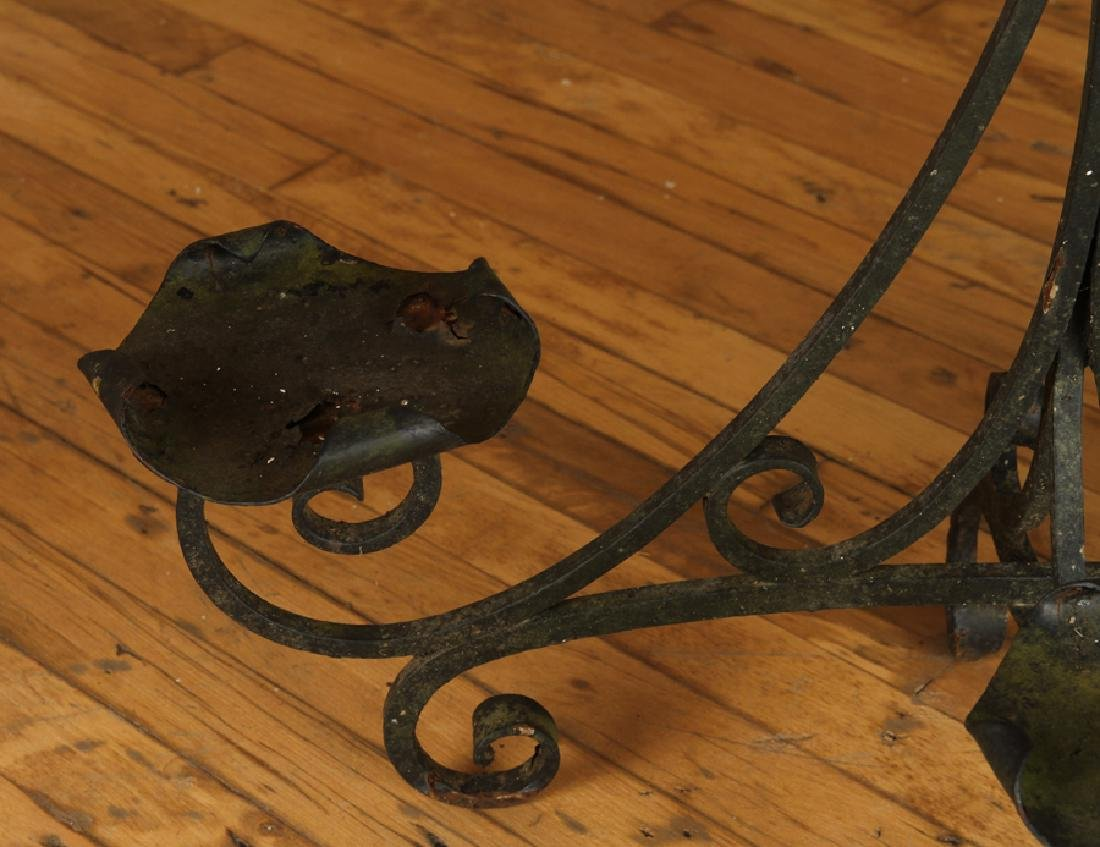 AN ANTIQUE WROUGHT IRON PLANT STAND - 3