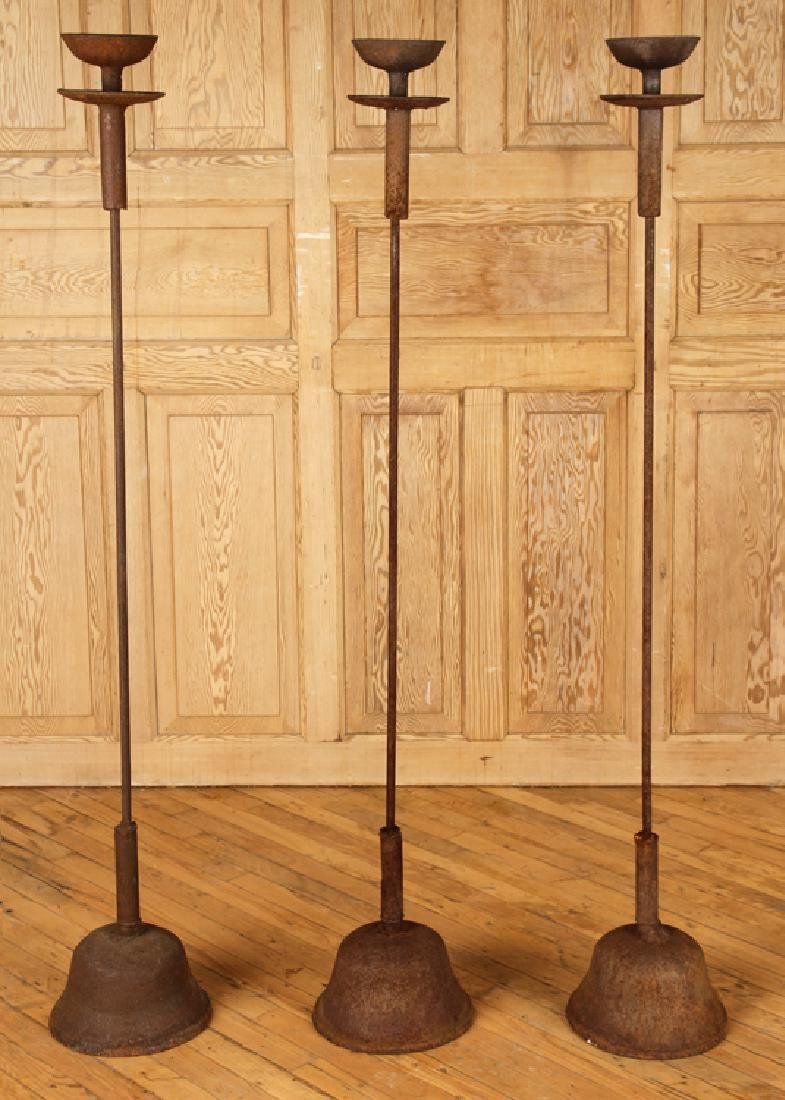 SET 3 IRON CANDLE STANDS ON PLINTH BASES