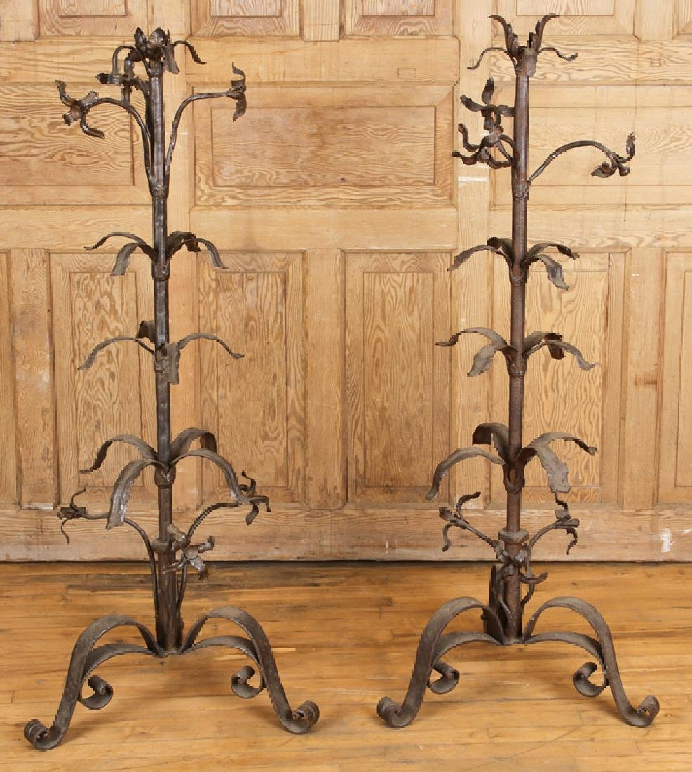 PAIR OF WROUGHT IRON LAMPS TRIPOD BASE