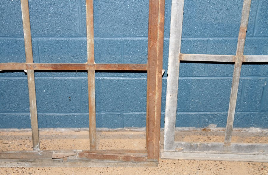 5 PART GALVANIZED IRON ARCHED TOP WINDOW C.1910 - 3