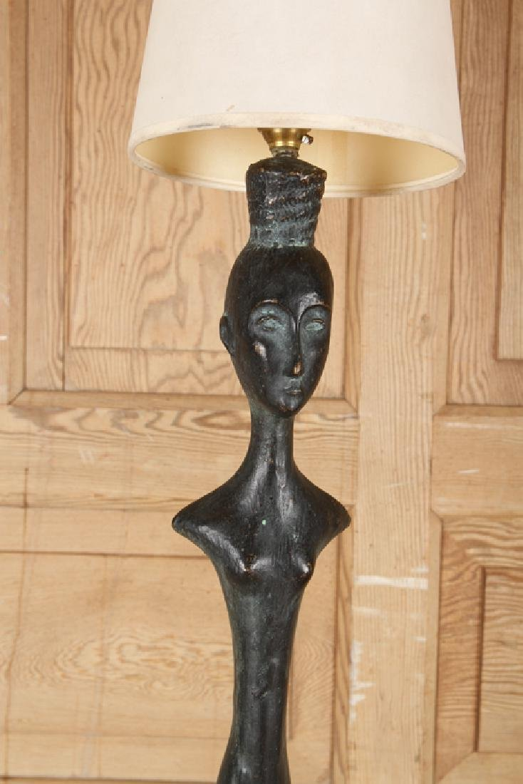 PAIR FIGURAL BRONZE FLOOR LAMPS MANNER GIACOMETTI - 3