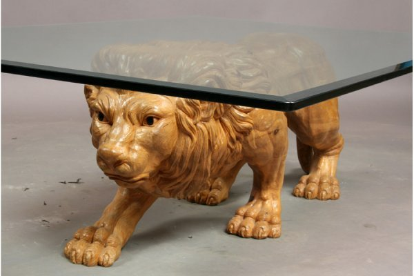 395: Carved wood lion coffee table - 3