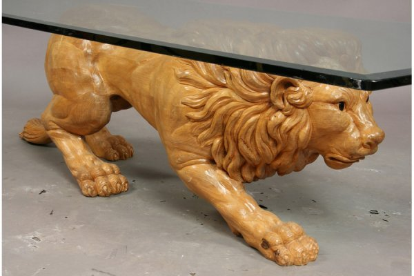 395: Carved wood lion coffee table - 4