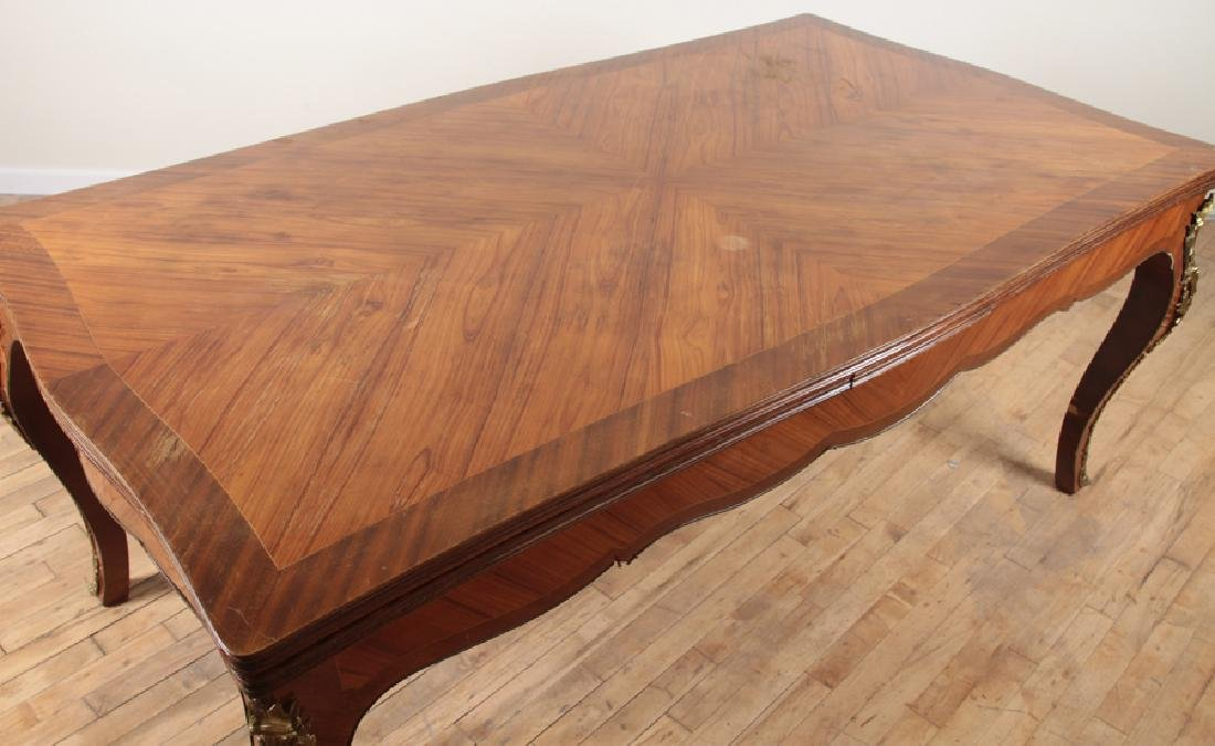 LOUIS XV STYLE DINING ROOM TABLE 1950 - 3