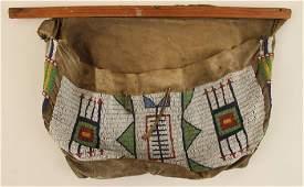 19TH CENTURY NATIVE AMERICAN BEADED BAG