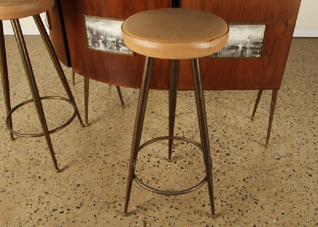 ITALIAN FOUR PIECE BAR SET COUNTER STOOLS 1950 - 6