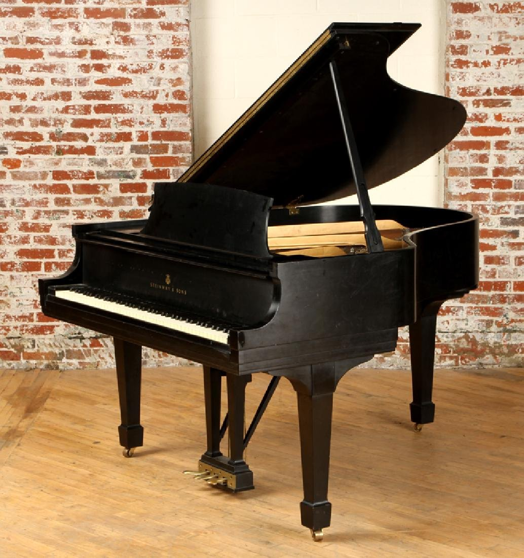 EBONIZED BABY GRAND MODEL M PIANO BY STEINWAY & SONS