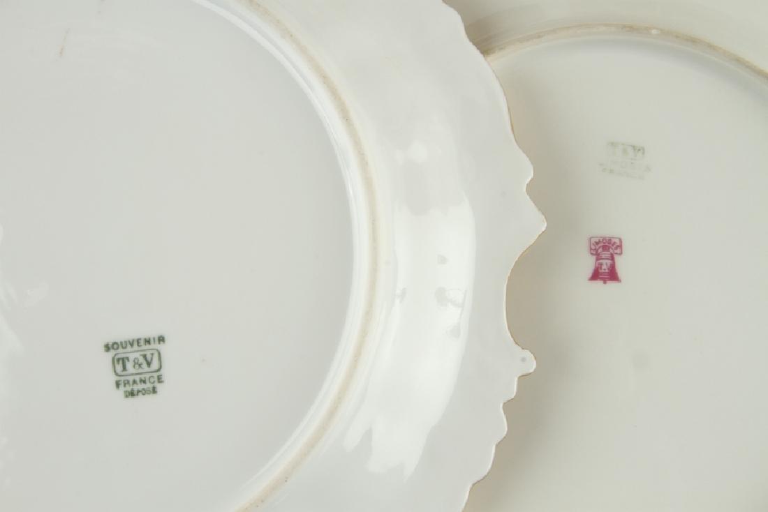24 LIMOGES PORCELAIN GILT PLATES IN TWO PATTERNS - 5