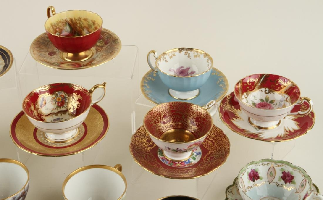 35 HAND PAINTED PORCELAIN TEA CUPS AND SAUCERS - 3