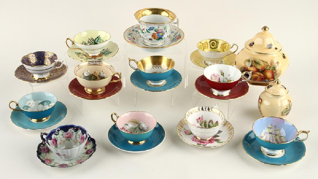 32 HAND PAINTED PORCELAIN TEA CUPS AND SAUCERS - 6