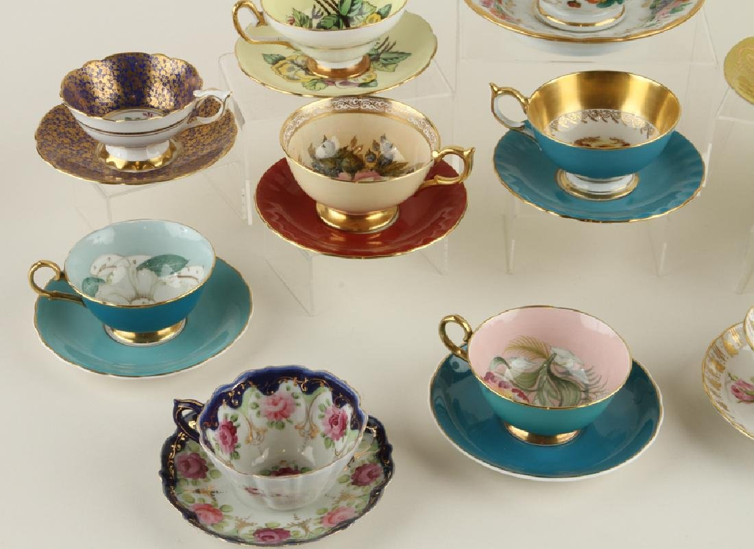 32 HAND PAINTED PORCELAIN TEA CUPS AND SAUCERS - 8