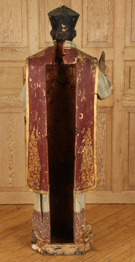 19TH CENT. CARVED WOOD RELIGIOUS FIGURE - 7
