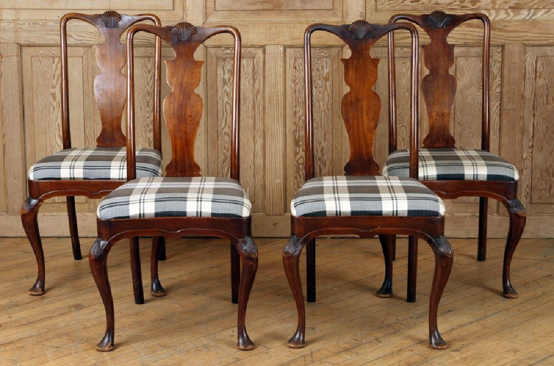 SET 4 QUEEN ANNE STYLE MAHOGANY SIDE CHAIRS C1900