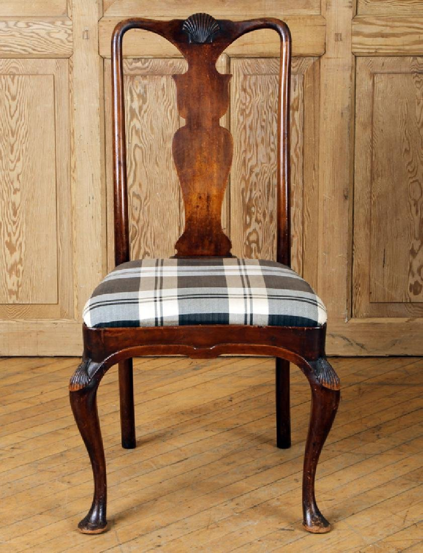 SET 4 QUEEN ANNE STYLE MAHOGANY SIDE CHAIRS C1900 - 3