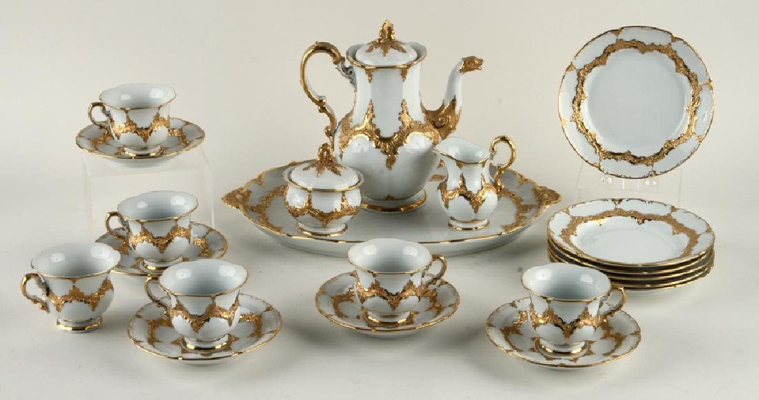 23 PIECE MEISSEN GILT PORCELAIN COFFEE SERVICE