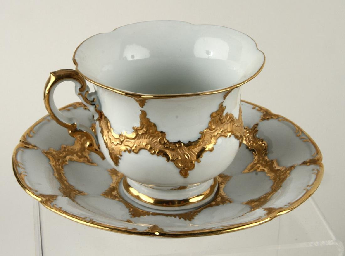 23 PIECE MEISSEN GILT PORCELAIN COFFEE SERVICE - 4