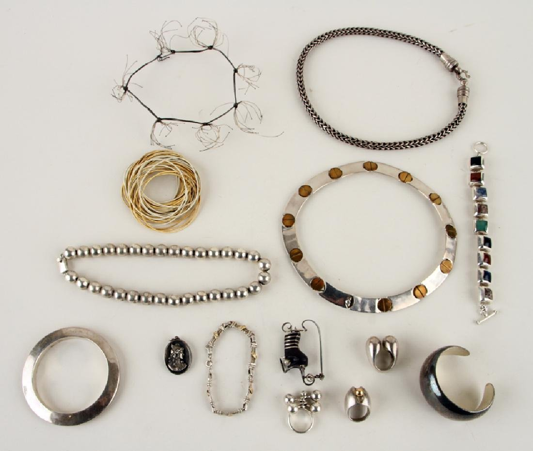 COLLECTION OF 14 PIECES OF SILVER JEWELRY