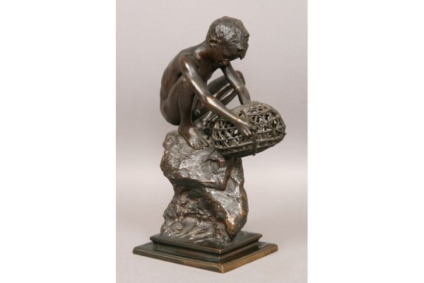 13: 13: Sculpture bronze boy fisherman clams shells