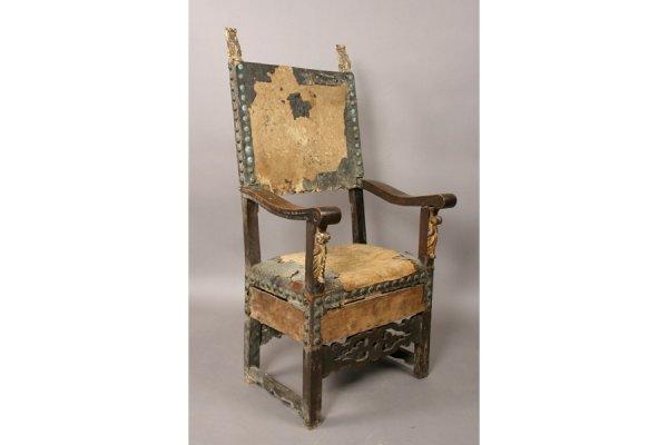 294: 18th century Italian walnut armchair.