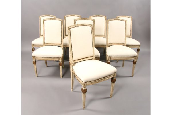309: 8 gilt painted French dining chairs