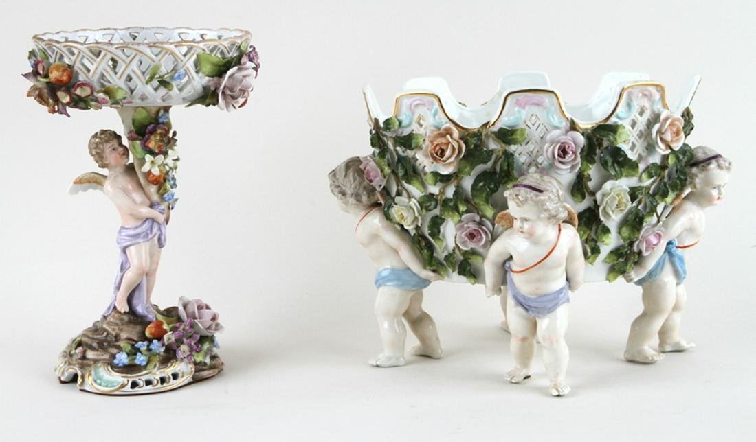 TWO 19TH C. CONTINENTAL PORCELAIN TABLE ARTICLES