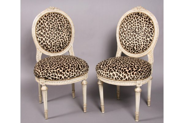 20: Pair French Louis XVI pntd side chairs faux leopard