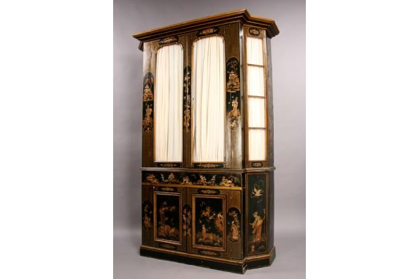 21A Antique Regency style chinoiserie decorated cabinet
