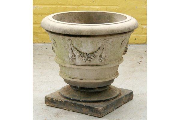 15: stamped Galloway ornamental terracotta garden urn