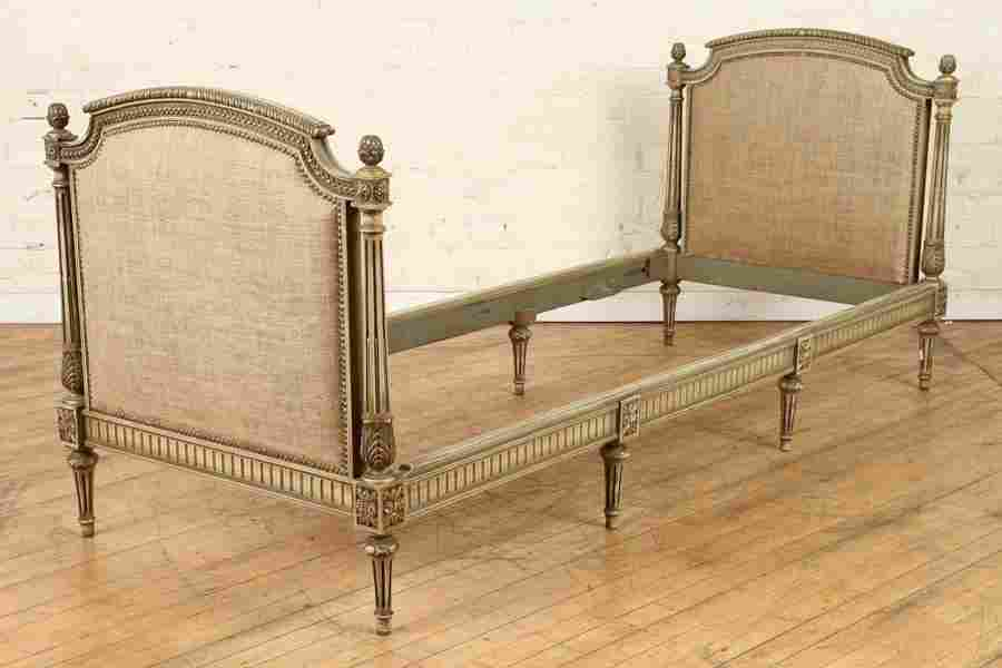 PAINTED CARVED 9 LEG UPHOLSTERED DAY BED C.1940