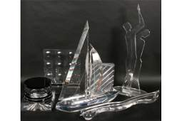 450 7 MODERN LUCITE ACRYLIC SCULPTURES SAILBOAT BOX