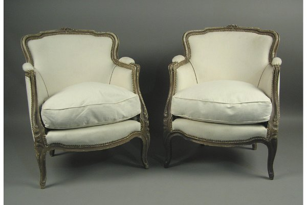 50071543: PAIR OF PAINTED FRENCH BERGERES CIRCA 1920.