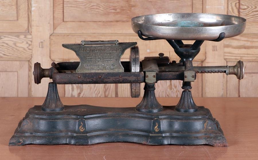 DODGE MFG CO. MICROMETEER COUNTER TOP SCALE