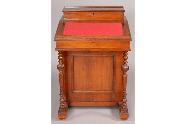 3: ANTIQUE VICTORIAN 4 DRAWER WRITING DESK