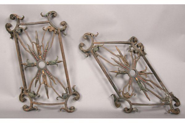 17: PAIR CURVED WROUGHT IRON BALUSTRADE