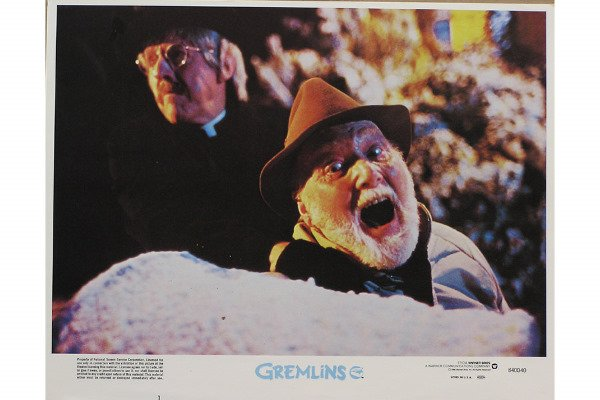 50081014: 10 LOBBY CARDS INCLUDING GREMLINS.