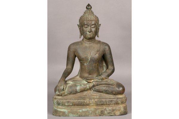 260: GOOD ASIAN BRONZE SEATED BUDDHA VERDIGRIS
