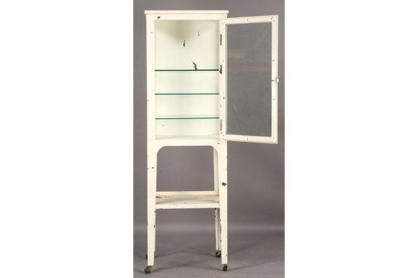 491: VINTAGE STEEL MEDICAL CABINET GLASS FRONT DOOR - 3