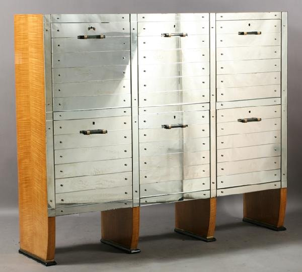 7: ART DECO STYLE MIRRORED FRONT CABINET MAPLE