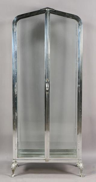 8: ART DECO POLISHED CHROME VITRINE BEVELED GLASS