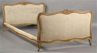 689 ANTIQUE FRENCH GILTWOOD PAINTED DAYBED