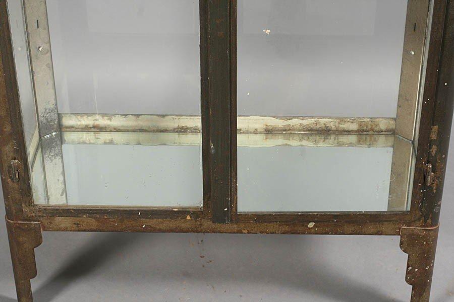429: METAL VITRINE 2 GLASS FRONT DOORS ART DECO FEET - 6
