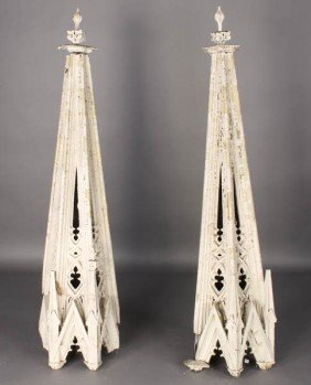 PR ANTIQUE GOTHIC STYLE CARVED WOOD SPIRES