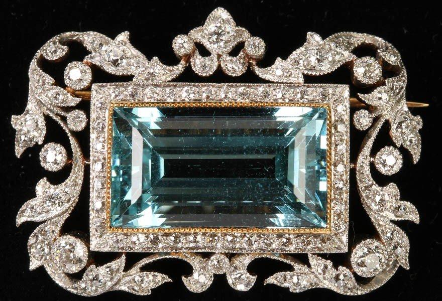 444: PLATINUM AQUAMARINE DIAMOND FRAME SET BROOCH