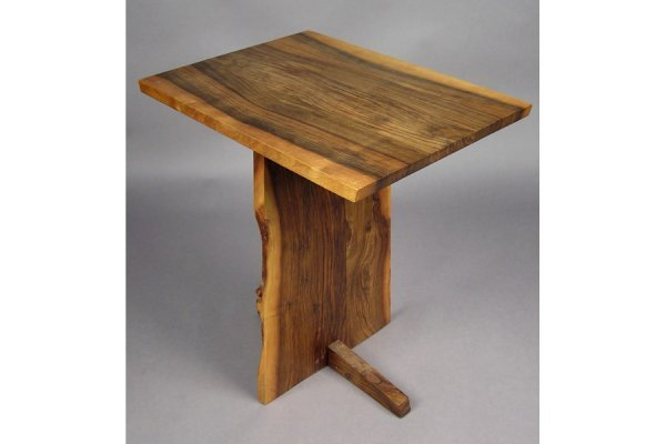 50111025: GEORGE NAKASHIMA ENGLISH WALNUT PEDESTAL TABL