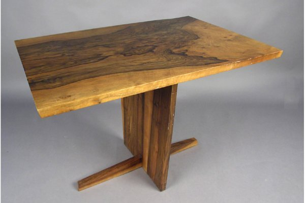 50111026: GEORGE NAKASHIMA ENGLISH WALNUT PEDESTAL TABL