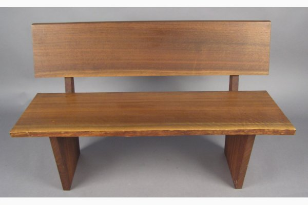 50111028: GEORGE NAKASHIMA WALNUT BENCH WITH ONE FREE E
