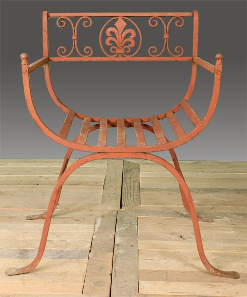 29: WROUGHT IRON GARDEN CHAIR - 2