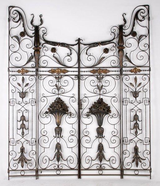 SET IRON GATES SCROLL DESIGN 2 CENTRAL 2 SIDES