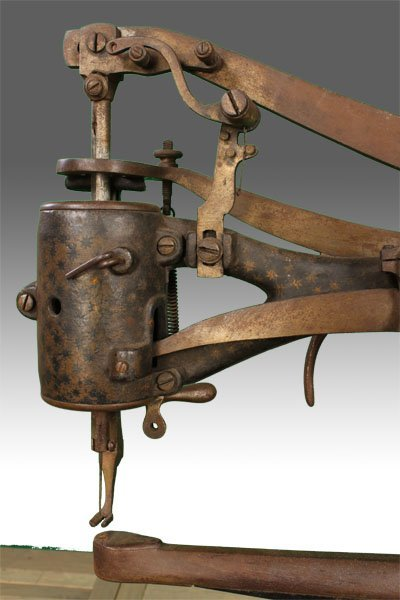 19TH CENT. CAST IRON SEWING MACHINE LABELED - 3